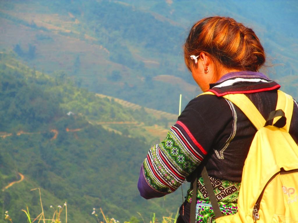 Ragazza Hmong, guida turistica a Sapa