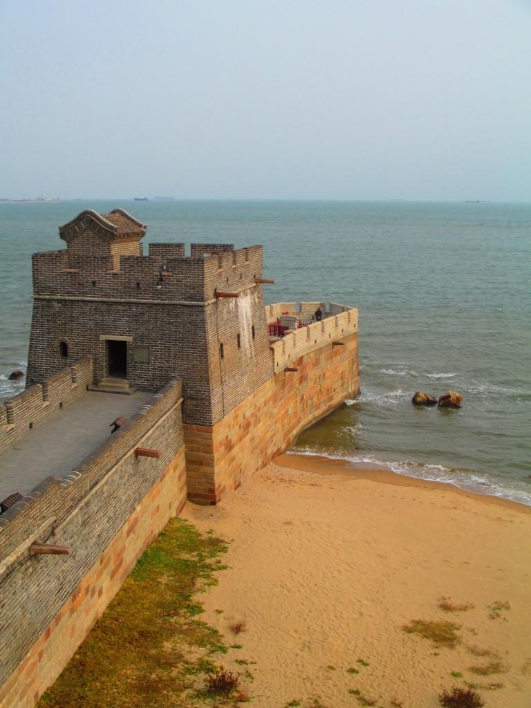 Shanhaiguan, dove la Grande muraglia si getta in mare