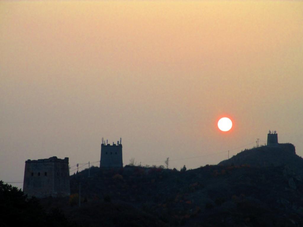 tramonto a Gubeikou, Cina