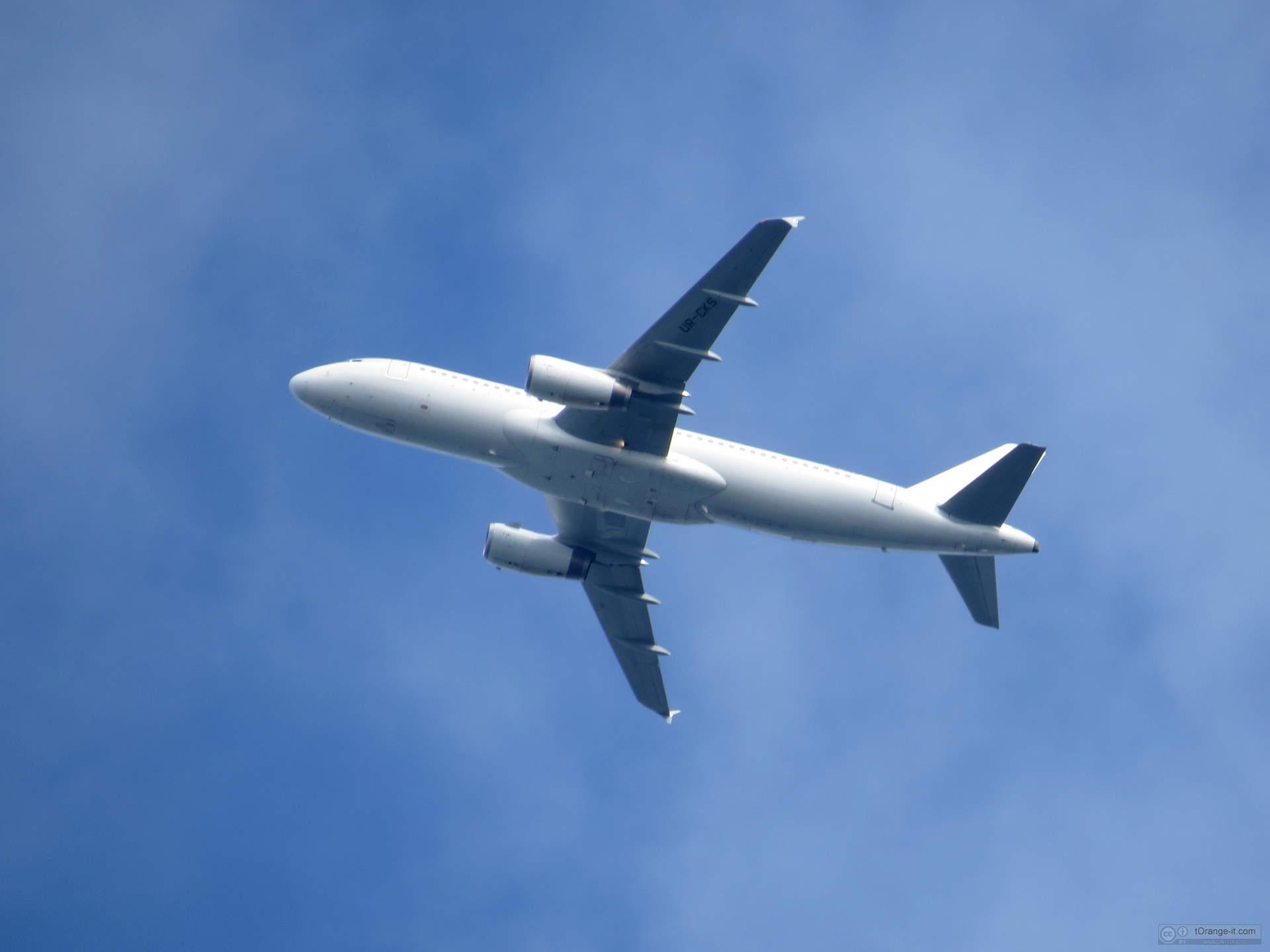 Posso prendere un epilatore in un aereo
