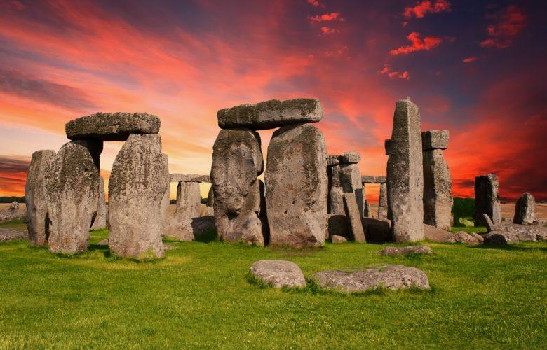 tramonto a stonehenge
