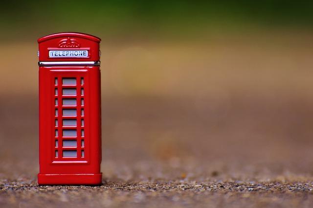 cabina telefonica rossaa