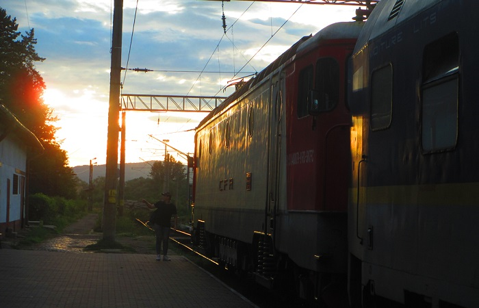 tramonto in stazione