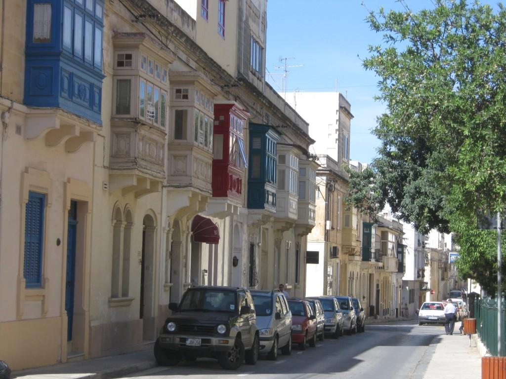 La via del Grannys Inn, un delizioso ostello a Malta