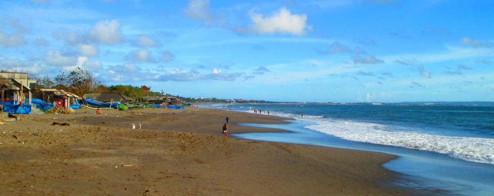 spiaggia a canggu, bali