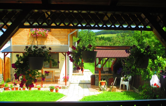 airbnb romania